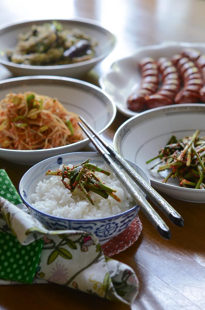 Garlic Chives Kimchi (Buchu kimchi, 부추김치)