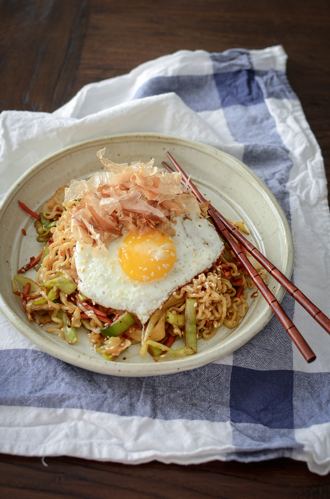 10-minute Ramen Stir-Fry with Vegetables