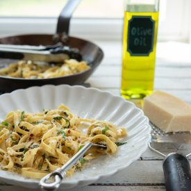 Pasta with Garlic, Anchovy, and Basil